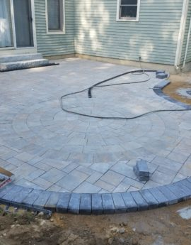 Patio with Circle Kit